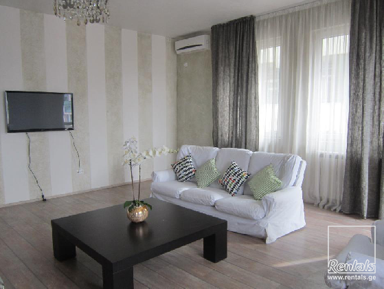 flat ( apartment ) For Rent  In Tbilisi , Vera; Barnovi