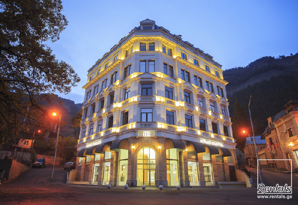 office space For Sale  In Tbilisi , Sololaki; Amaghleba