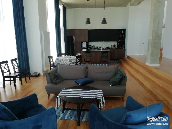 house For Rent  In Tbilisi , Saburtalo; avto varazi